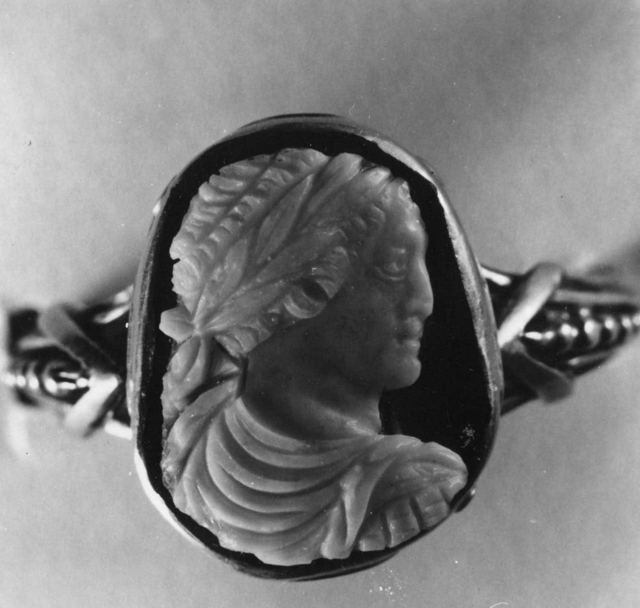 busto di Eliogabalo (cammeo) - bottega italiana (sec. XVI)