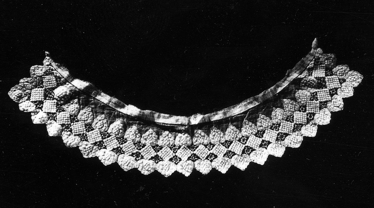 colletto - manifattura francese (meta' sec. XIX)