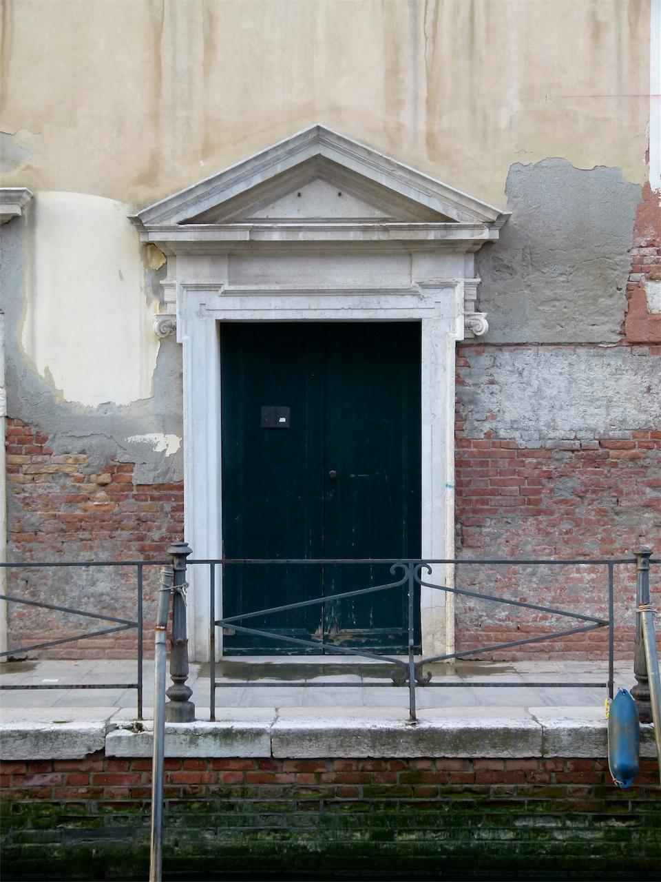 architettura (portale, opera isolata) - produzione veneziana (secc. XVII-XVIII)