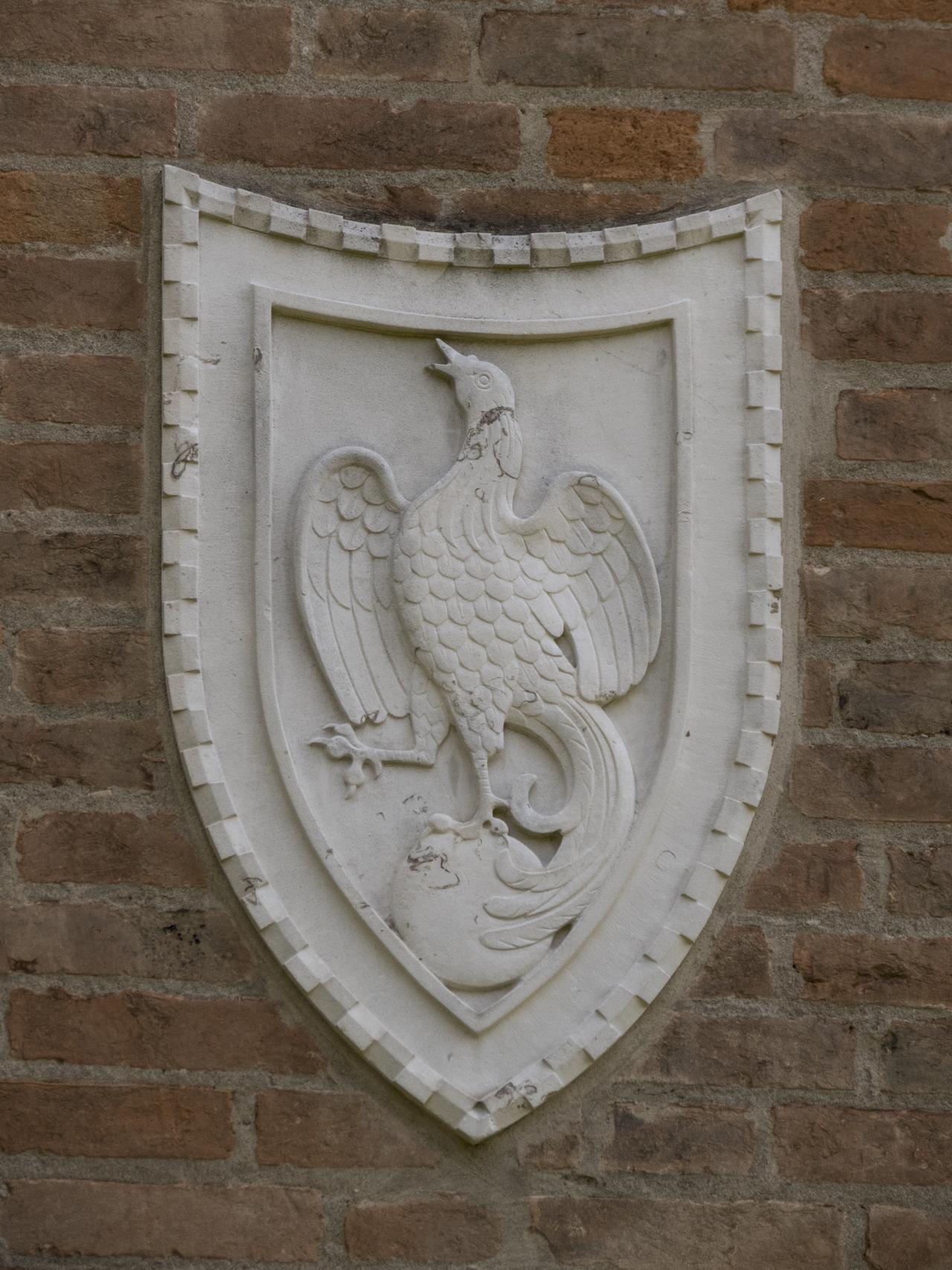 fenice (?) o aquila, globo, motivi decorativi a dentelli (rilievo, serie) - ambito veneziano (sec. XX)