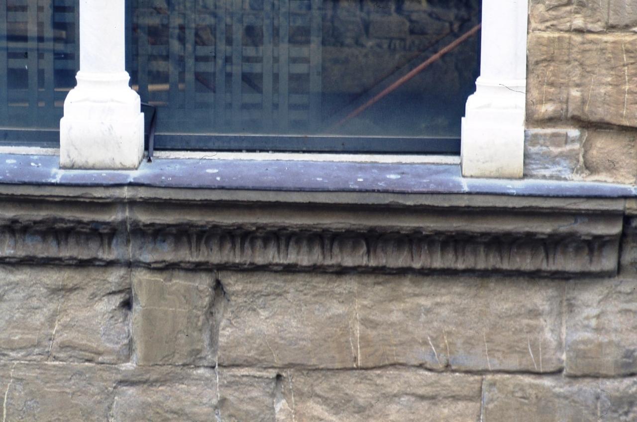 cornice architettonica, coppia - manifattura fiorentina (terzo quarto sec. XV)