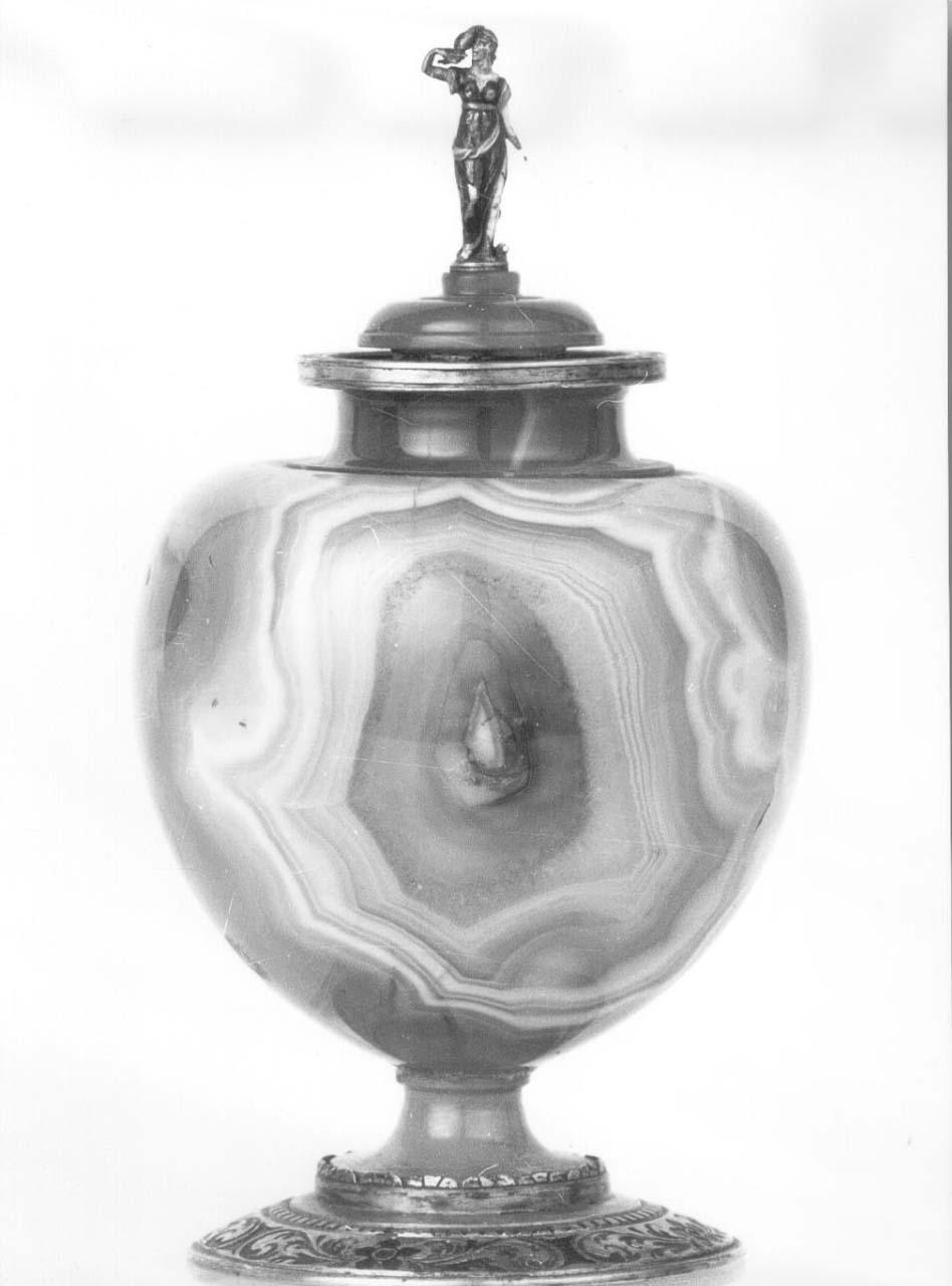 vaso - bottega italiana (seconda metà sec. XVI)