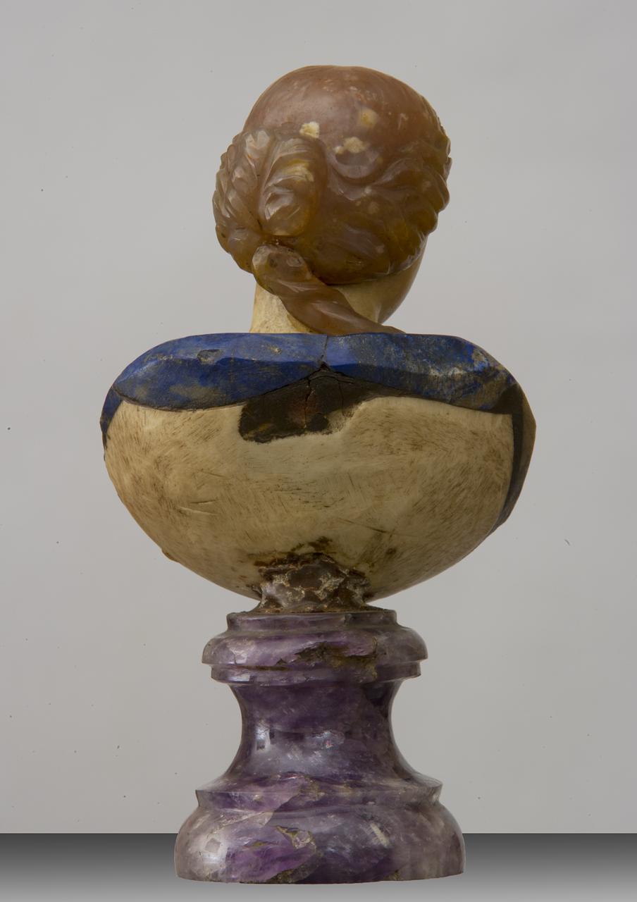 busto femminile (scultura) di Torricelli Giuseppe Antonio (ultimo quarto sec. XVII)