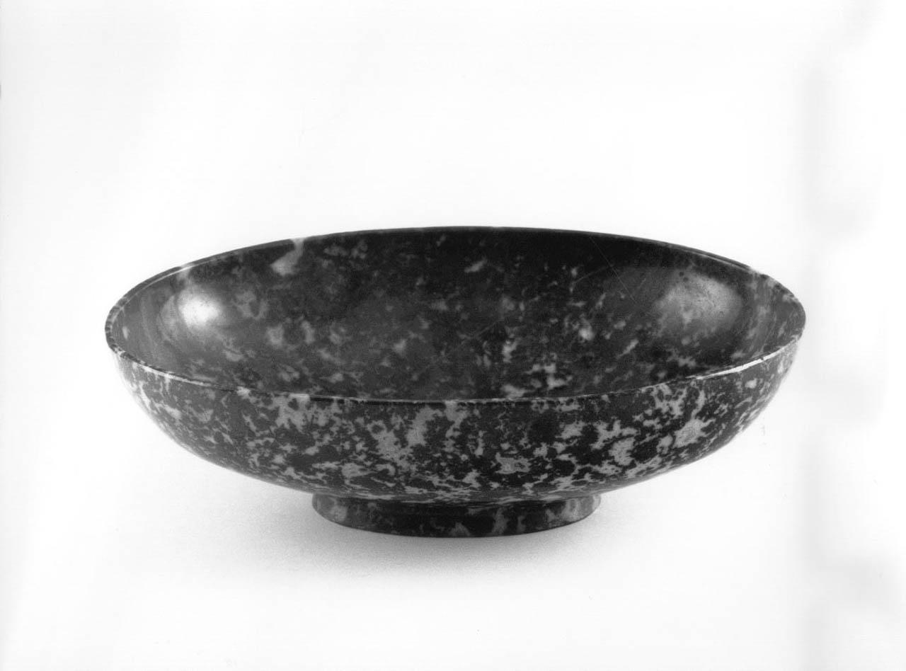 ciotola - bottega italiana (sec. XVII)