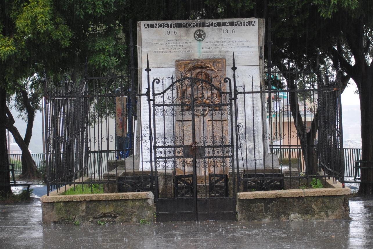 morte del soldato (monumento ai caduti) di Fossati Domenico (primo quarto XX)