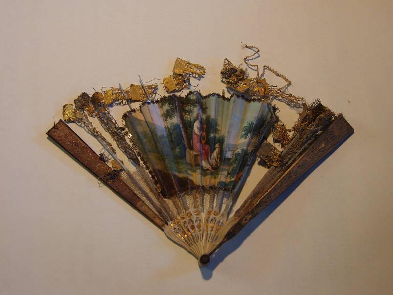 Figura femminile che suona la cetra (ventaglio, opera isolata) - ambito italiano (prima metà sec. XIX)