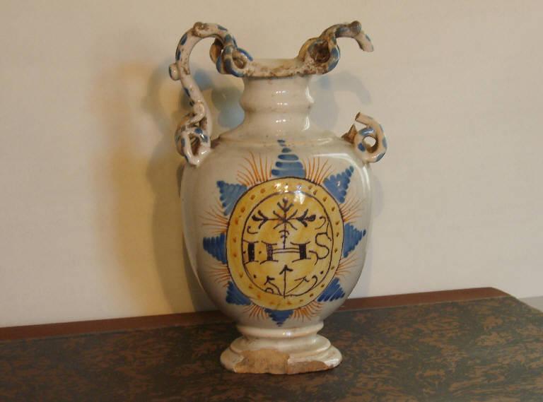 Trigramma raggiato (vaso, opera isolata) - ambito italiano (sec. XVI)