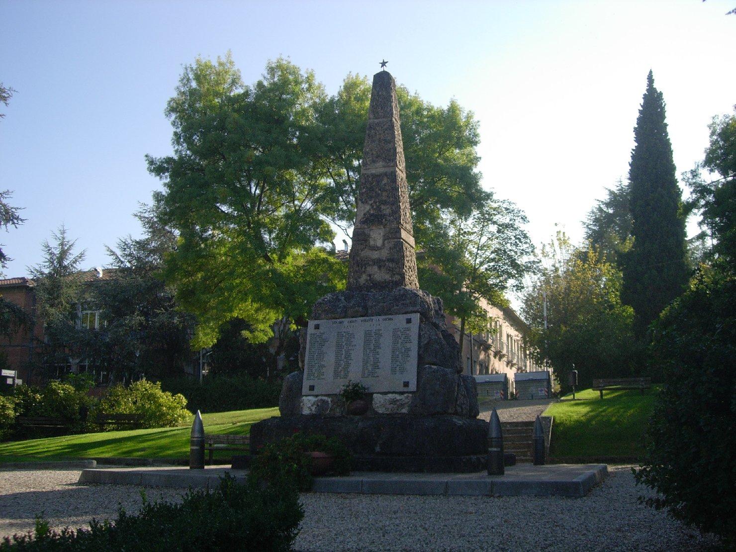 monumento ai caduti - ad obelisco di Cooperativa Marmisti di Verona (prima metà sec. XX)
