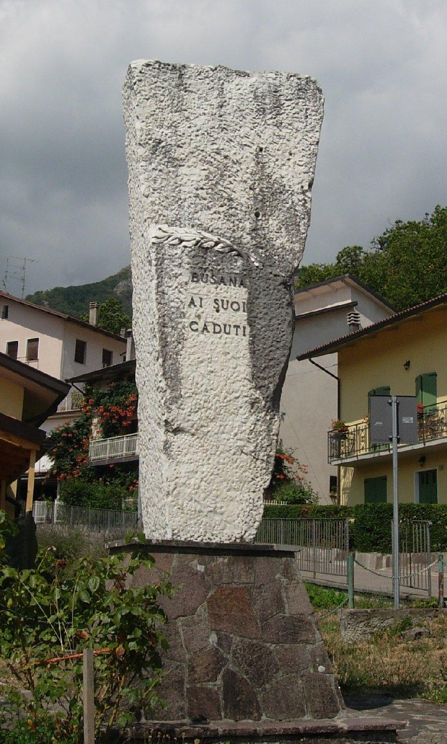 monumento ai caduti - a montagna figurata - bottega Italia settentrionale (sec. XX)