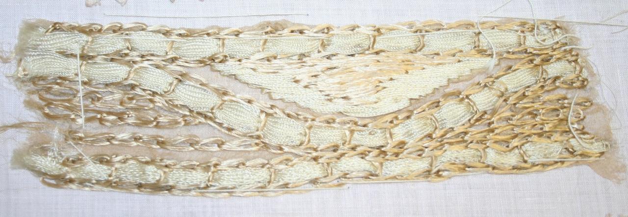 decorazione a ricamo, frammento - ambito milanese (primo quarto sec. XX)