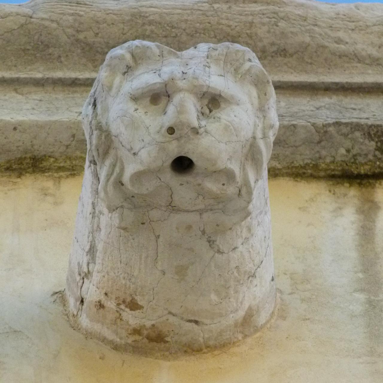 testa di leone (gocciolatoio, insieme) - ambito veneziano (secc. XVII-XVIII)