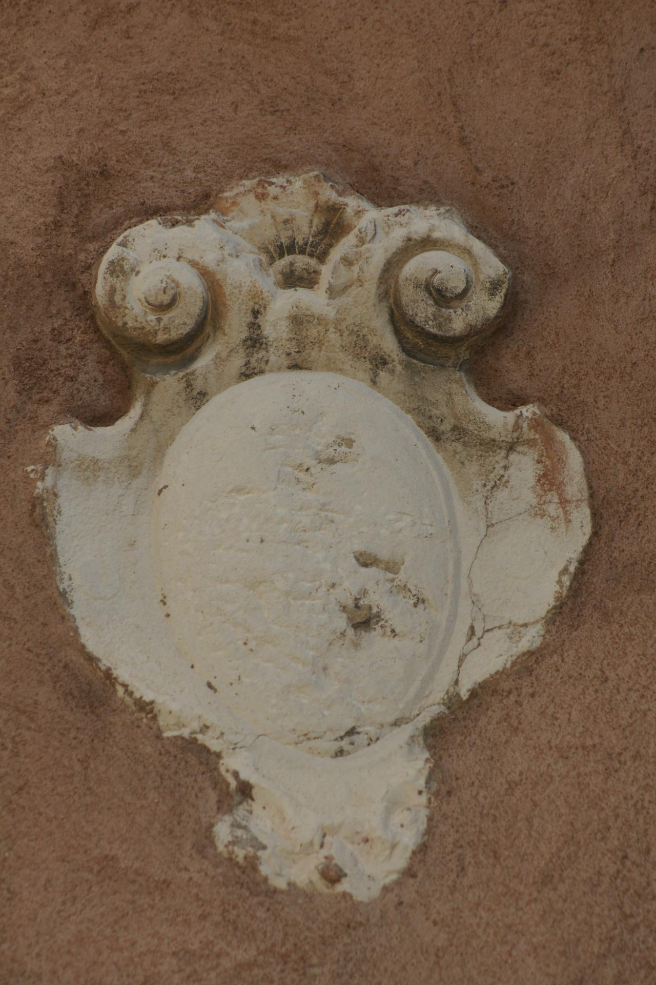 stemma gentilizio (rilievo, opera isolata) - ambito veneziano (sec. XVII)