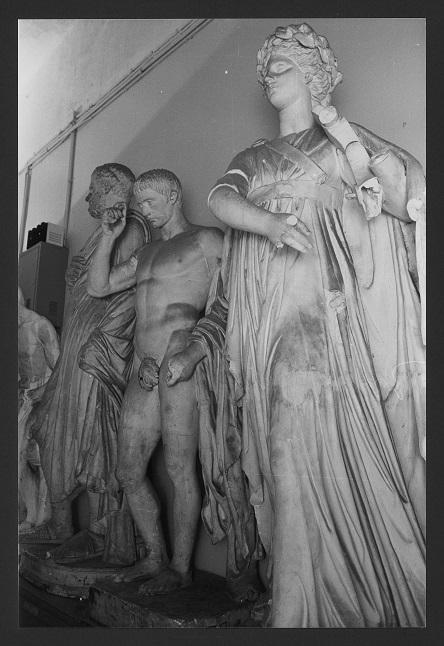 Apollo citaredo (statua) - produzione Italia centro-settentrionale (secc. XVIII/XX)