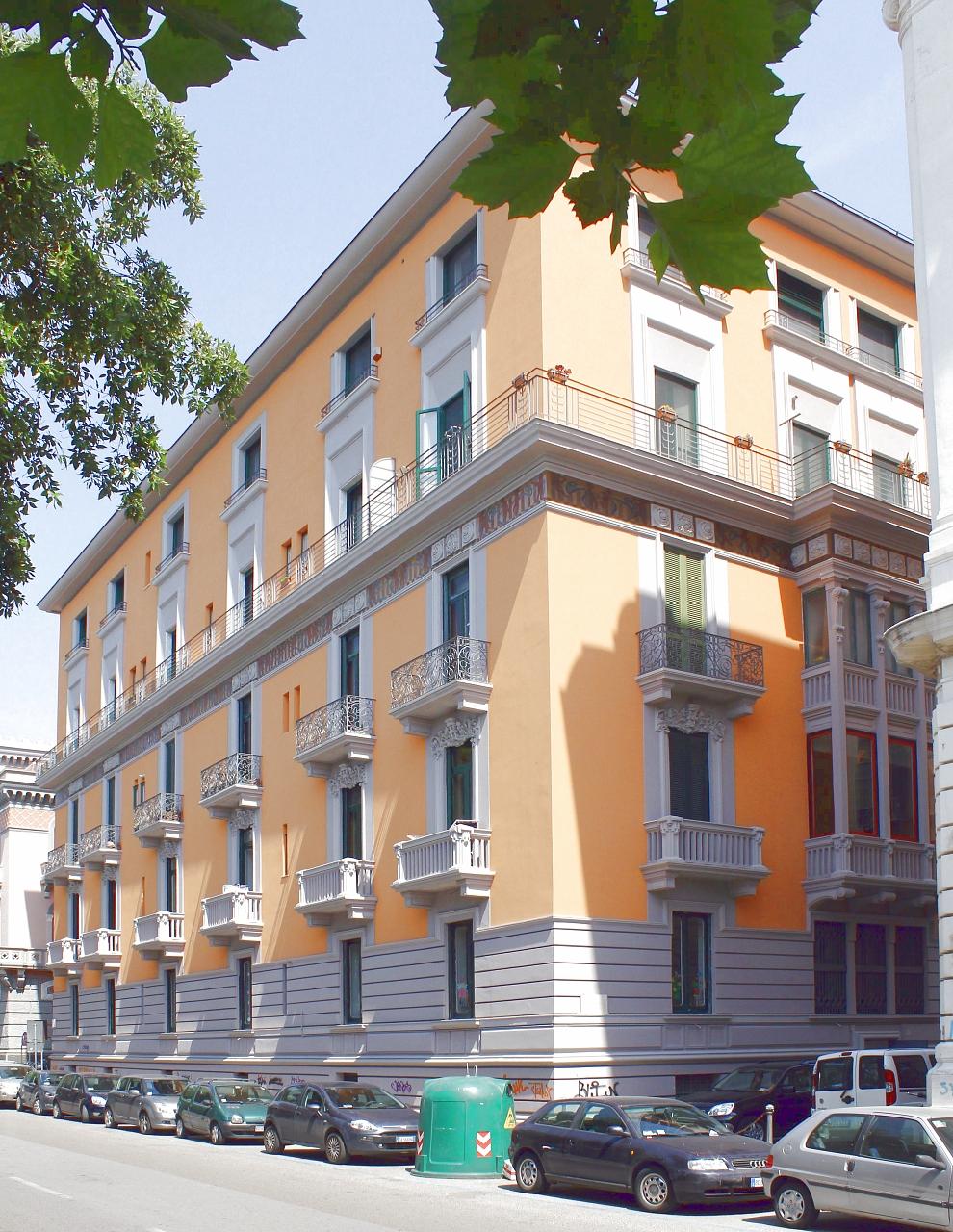 Palazzo D'Agostino Cav.Matteo e figli (palazzo) - Salerno (SA)