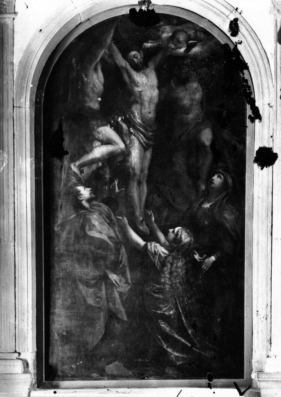 Cristo crocifisso con la Madonna, San Giovanni Evangelista, e Santa Maria Maddalena (dipinto) di Gherardini Alessandro (attribuito) (inizio sec. XVIII)