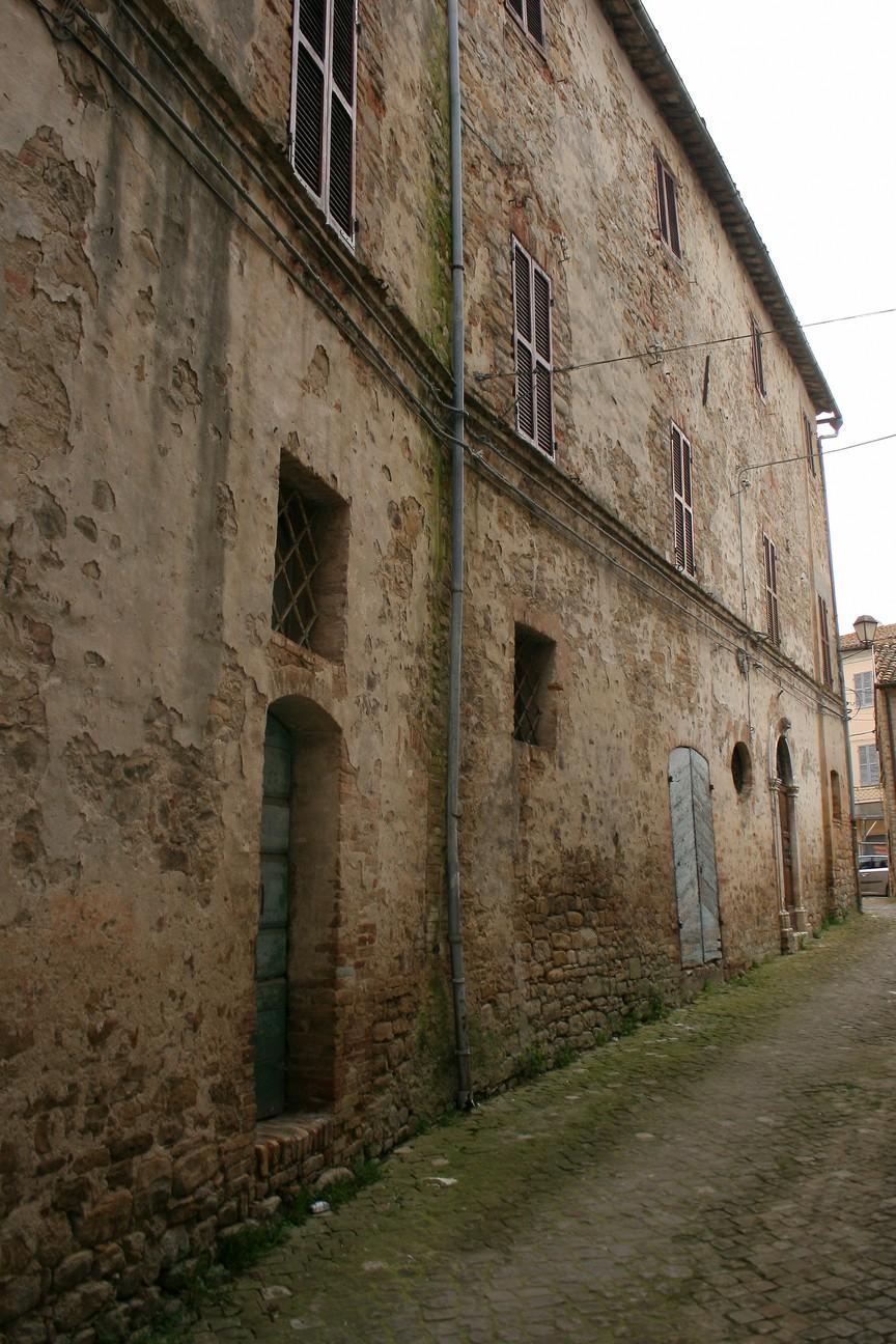 Palazzo Egidi (palazzo, nobiliare) - Rotella (AP)