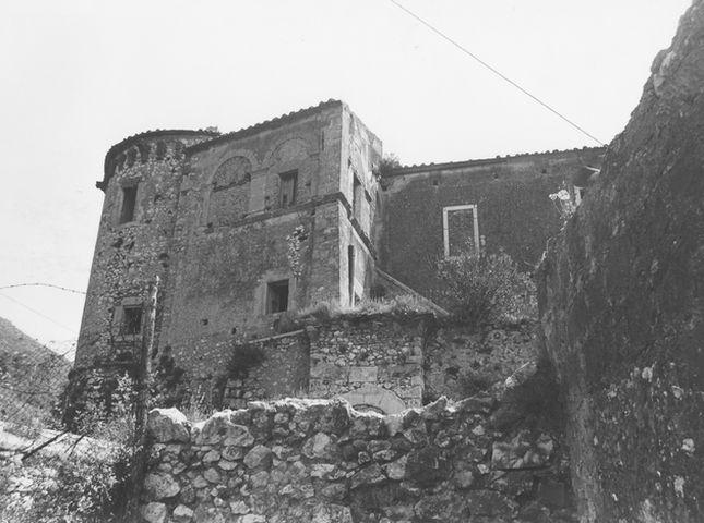 Castello Pandone (museo, nazionale) - Venafro (IS)