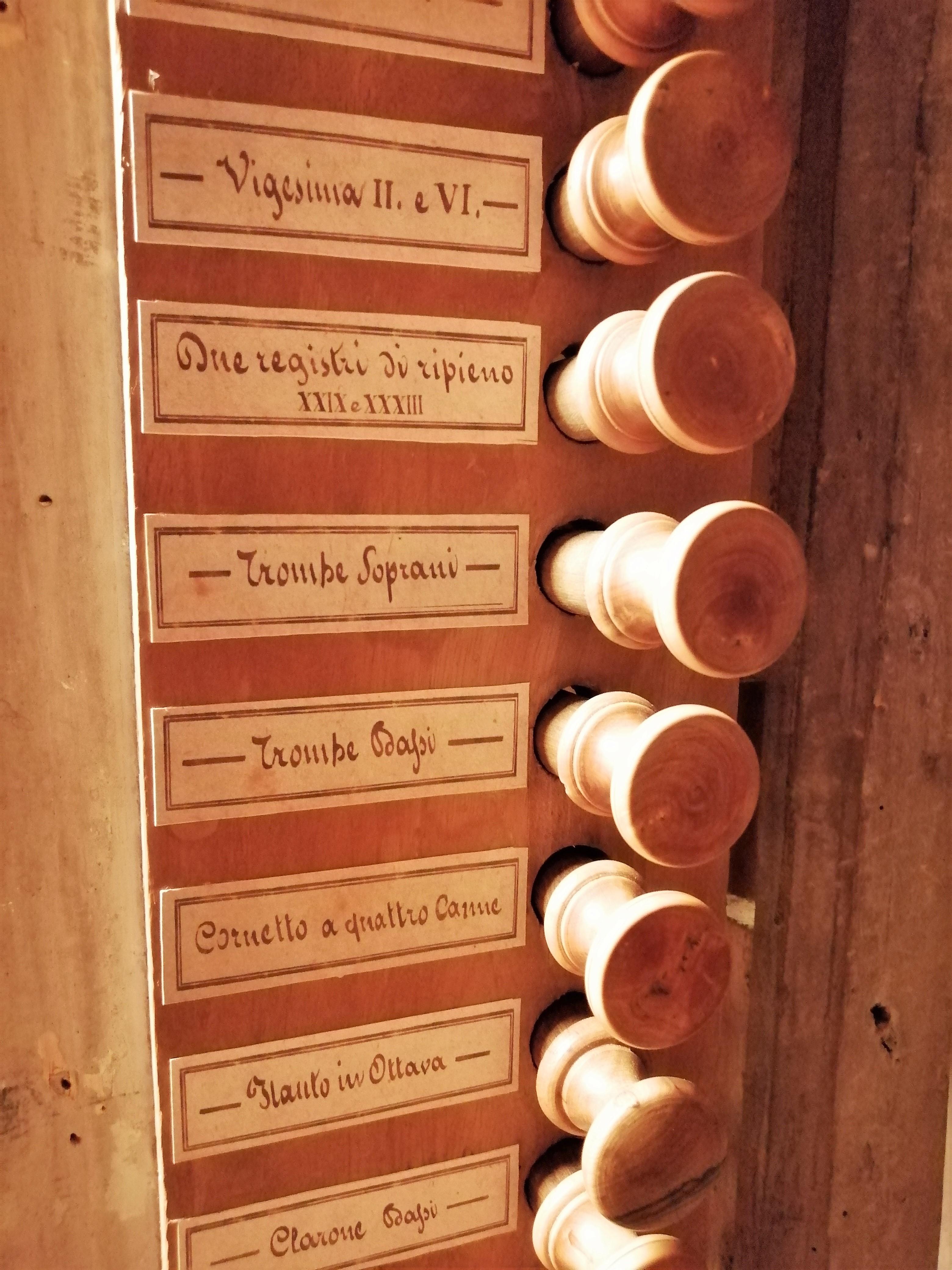 organo di Giosuè Agati (bottega) - scuola pistoiese (1826)