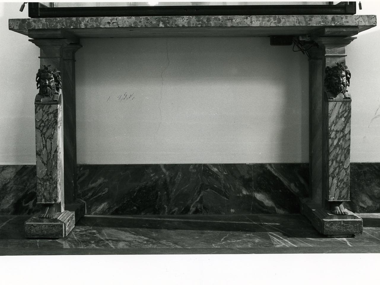 testa di Fauno (console, serie) - bottega napoletana (fine sec. XIX)