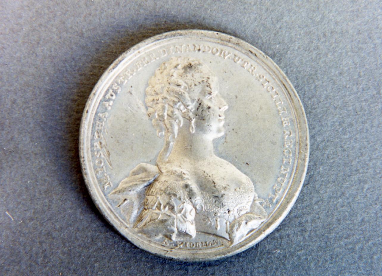 ritratto di donna (medaglia) - bottega tedesca (sec. XVIII)