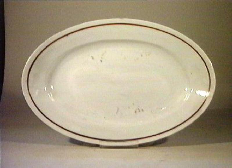 piatto da portata - manifattura Richard-Ginori (sec. XIX)