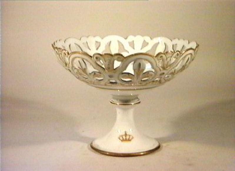 corona Savoia (alzata) - manifattura Richard-Ginori (sec. XIX)