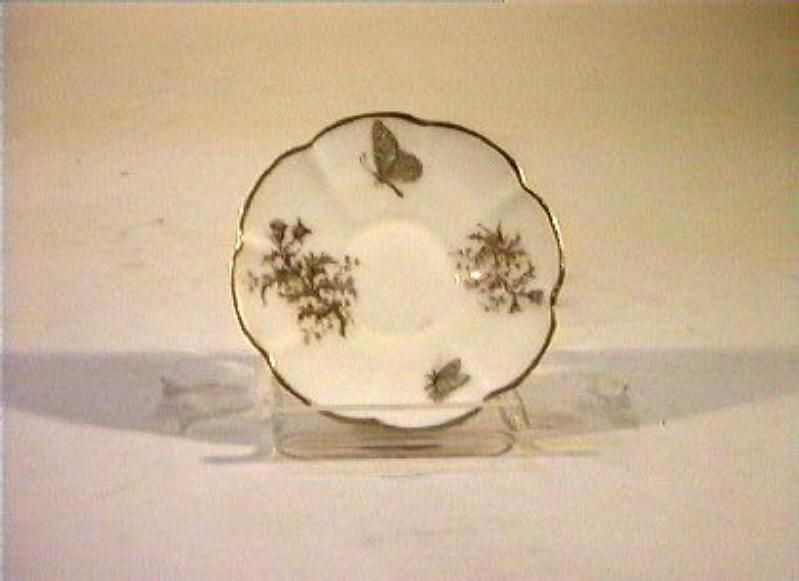 motivi decorativi vegetali e animali (piattino) - manifattura Ch. Pillivuyt (sec. XIX)