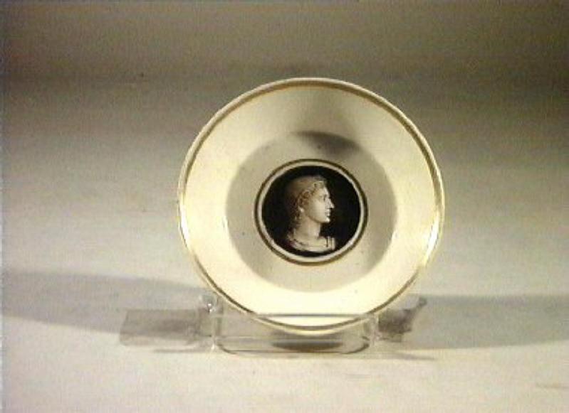 profilo maschile (piattino) di Securo Francesco (sec. XIX)