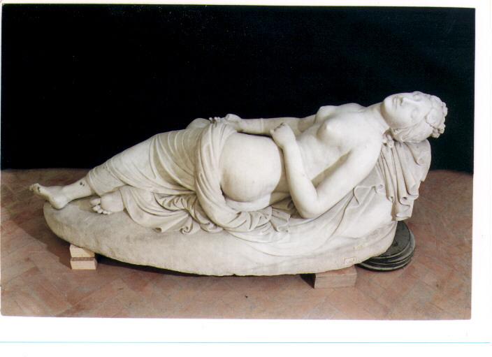 Venere dormiente (statua) di Baruffi Giuseppe (sec. XIX)