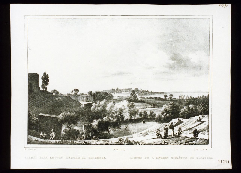 veduta con le rovine del teatro di Siracusa (stampa) - ambito italiano (secondo quarto sec. XIX)