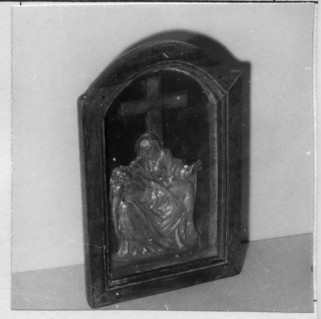 Pietà (pace) - bottega emiliana (metà sec. XVI)