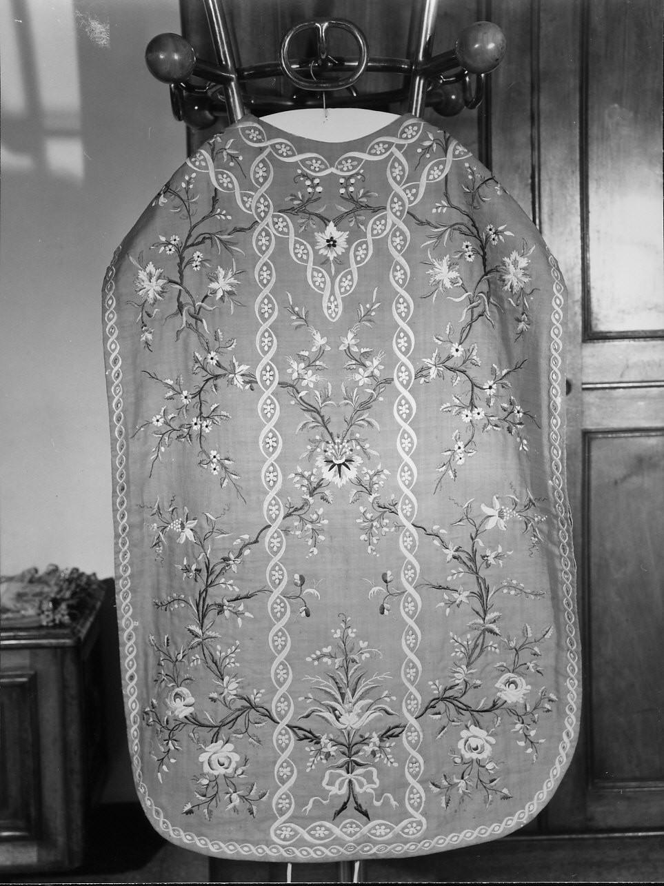 motivi decorativi floreali (paramento liturgico, insieme) - manifattura ligure (primo quarto sec. XX)