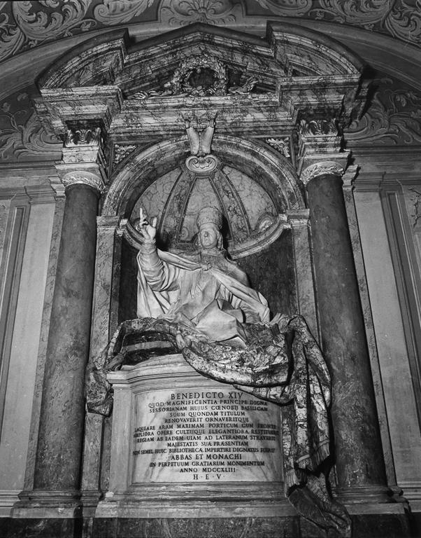 cenotafio di Marchionni Carlo (sec. XVIII)