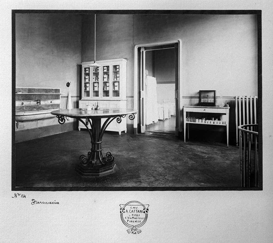 vedute dell'esterno e degli ambienti della villa di Poggio Imperiale a Firenze (positivo) di Laboratorio Catani A. e figli (laboratorio) (primo quarto XX)