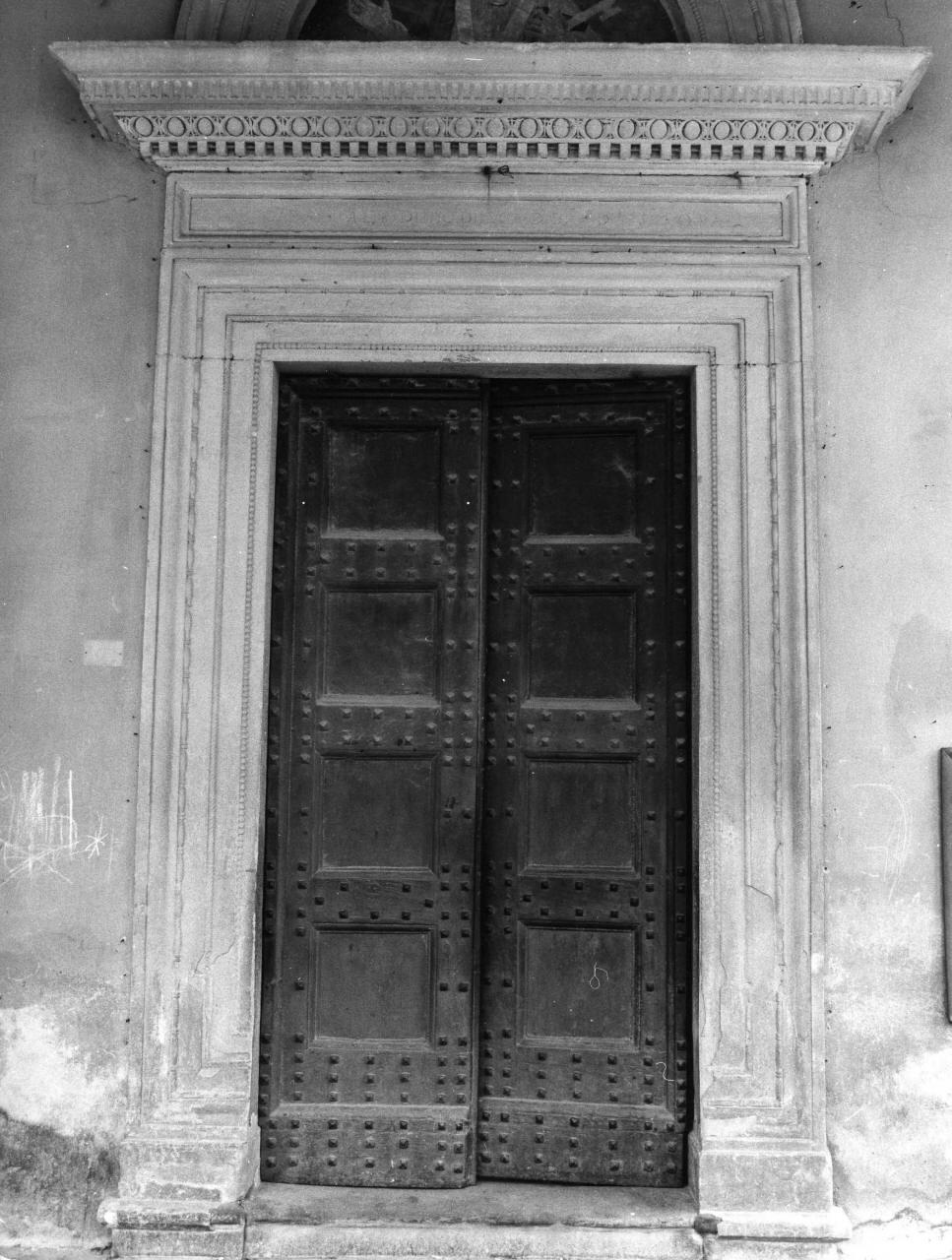portale architravato - bottega toscana (sec. XVI)