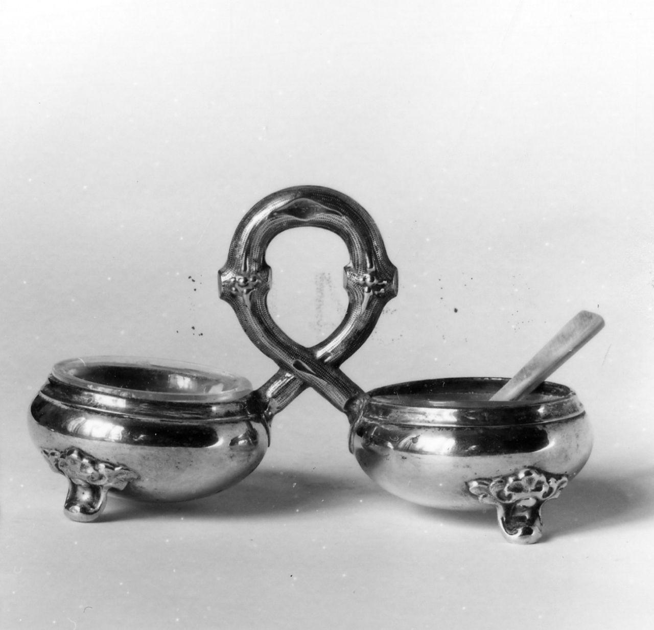 servizio da sale e pepe - bottega francese (?) (seconda metà sec. XIX)