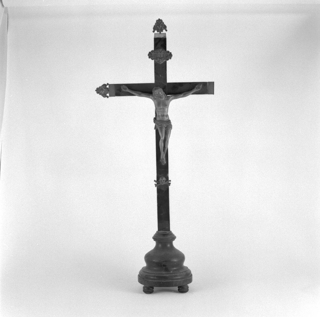 Cristo crocifisso (croce d'altare) - ambito veneto (sec. XIX)