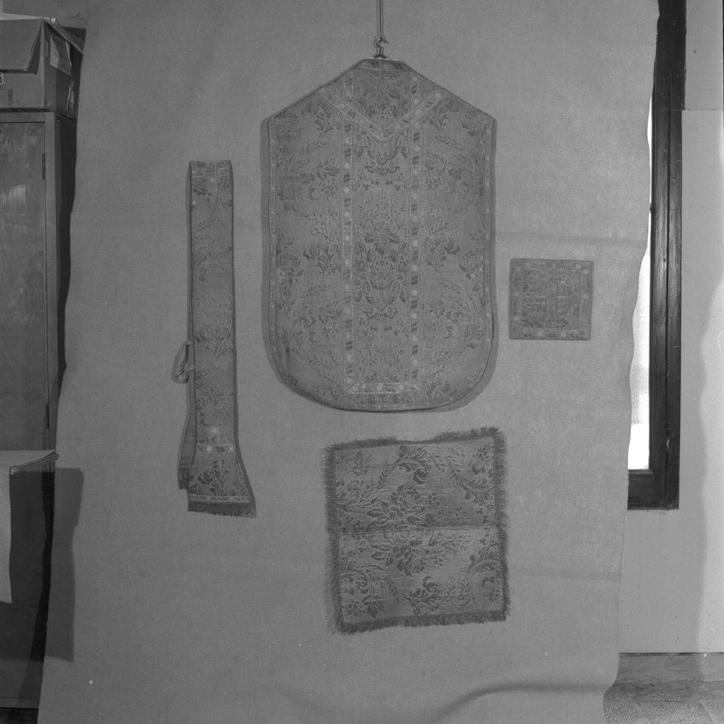 velo di calice, elemento d'insieme - manifattura italiana (sec. XIX)