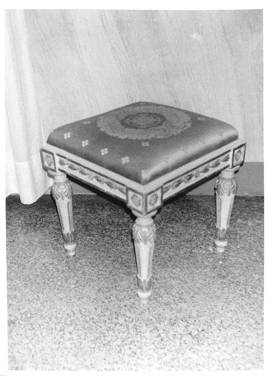 sgabello, serie - manifattura piemontese (sec. XIX)