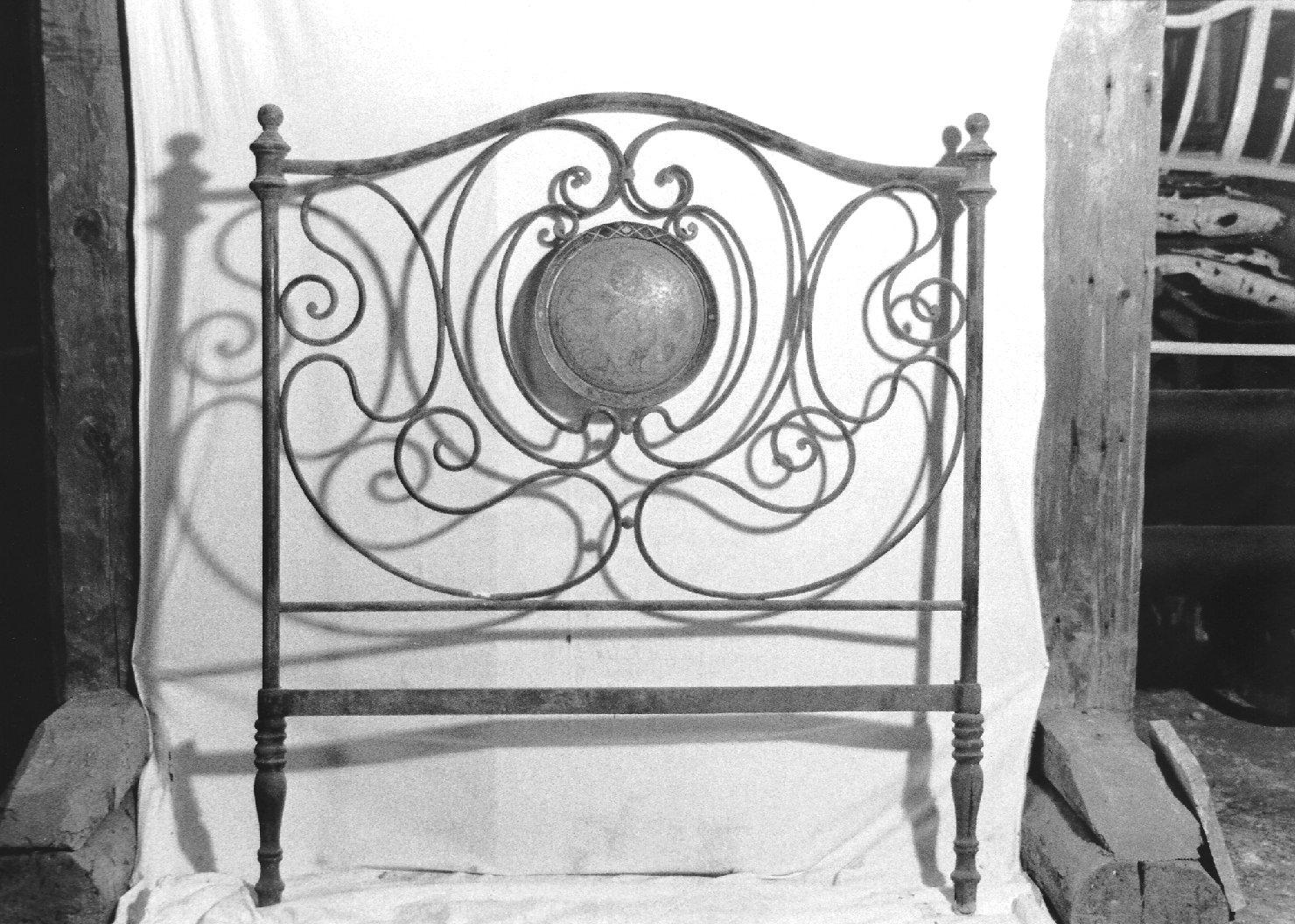 testiera di letto, opera isolata - manifattura Italia settentrionale (seconda metà sec. XIX)