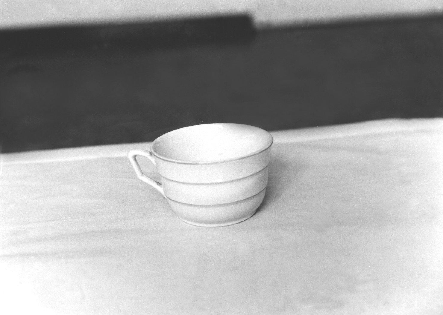 tazza da thè, serie - manifattura bassanese (prima metà sec. XX)