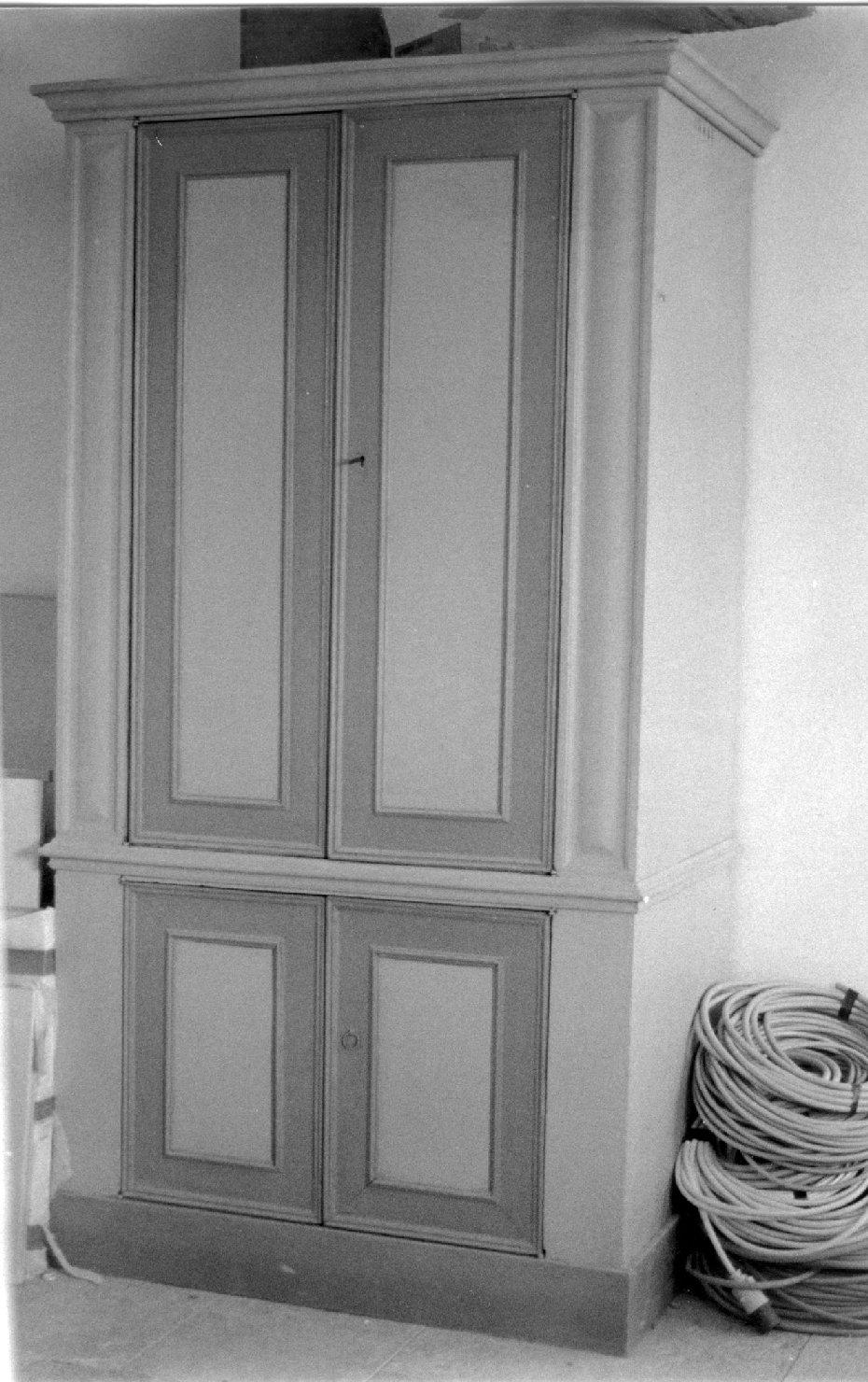 armadio, serie - ambito italiano (prima metà sec. XIX)